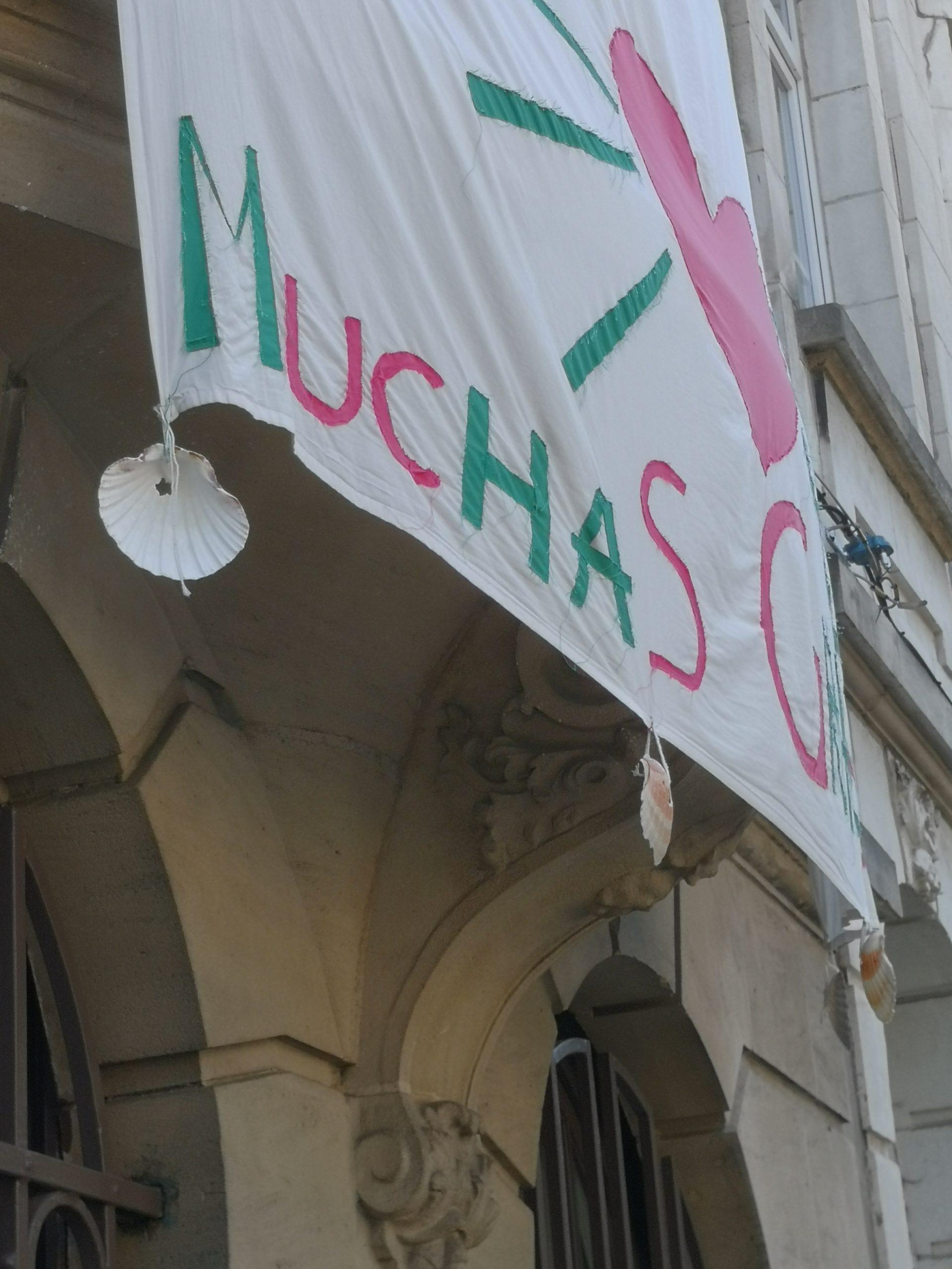 Carol Torres, spandoek 'Muchas Gracias', collectie MAS, inv.nr MAS.0328.006.
